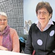 Tetsje Feenstra en Tiny Pleiter Voedselbank Leusden